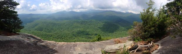 looking-glass-rock-in-pisgah-national-forest
